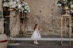 Scegliere il fotografo di matrimonio non è un'impresa affatto semplice. Il fotografo, infatti, gioca un ruolo molto importante nel giorno delle nozze, per cui è fondamentale che la preferenza degli sposi ricada sul professionista più affine alla la coppia stessa.